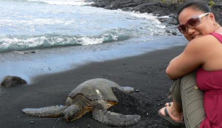 HAWAII – black sand beach