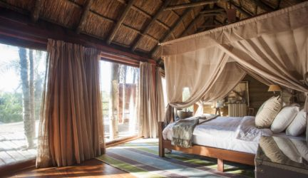 luxury-lodge-tanzania-saadani-river-lodge-21